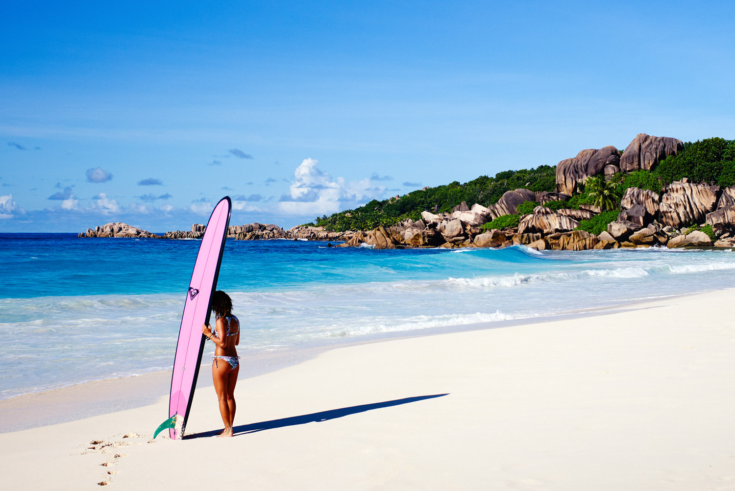 Take a #ROXYSneakPeek into our Seychelles Adventure
