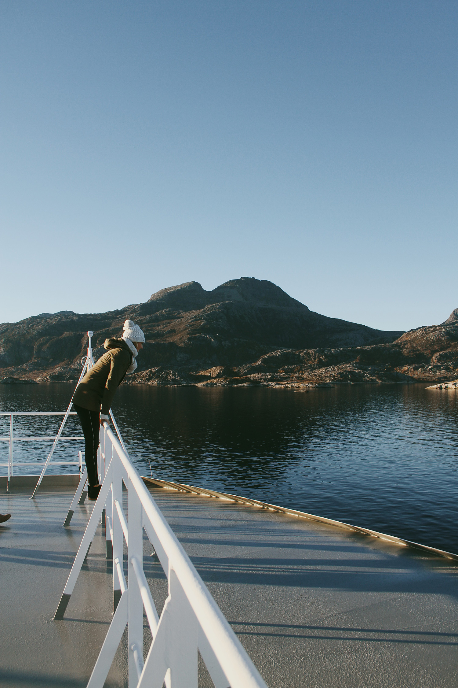 A #ROXYSneakPeek Behind our Photoshoot in Norway with Mainei Kinimaka