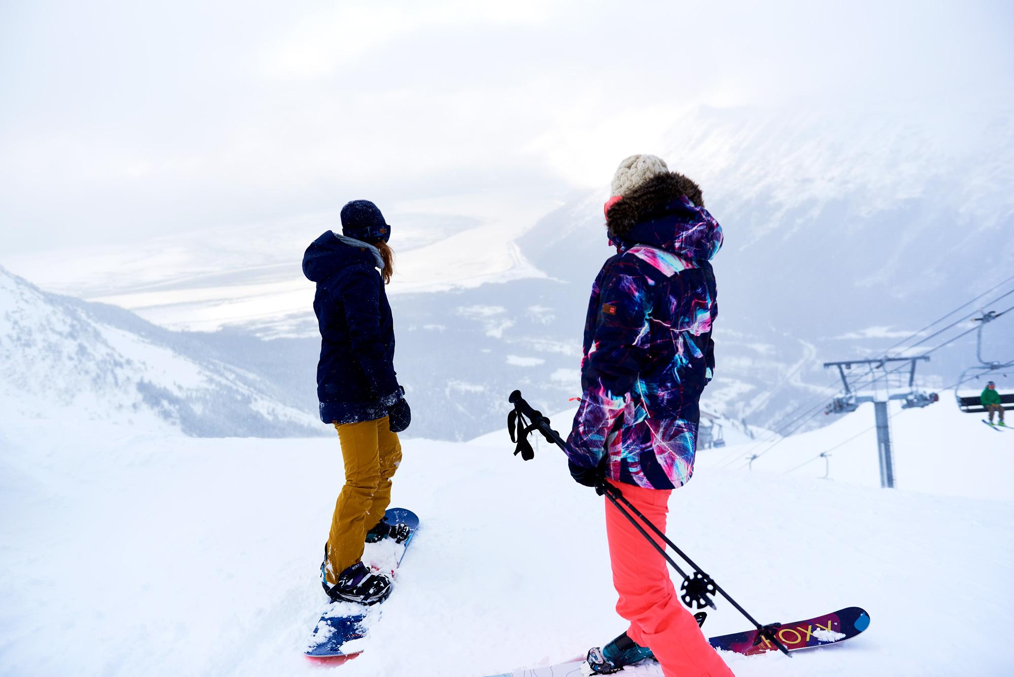 #ROXYSneakPeek Behind the Scenes of our Alaskan Snow Shoot with Robin Van Gyn