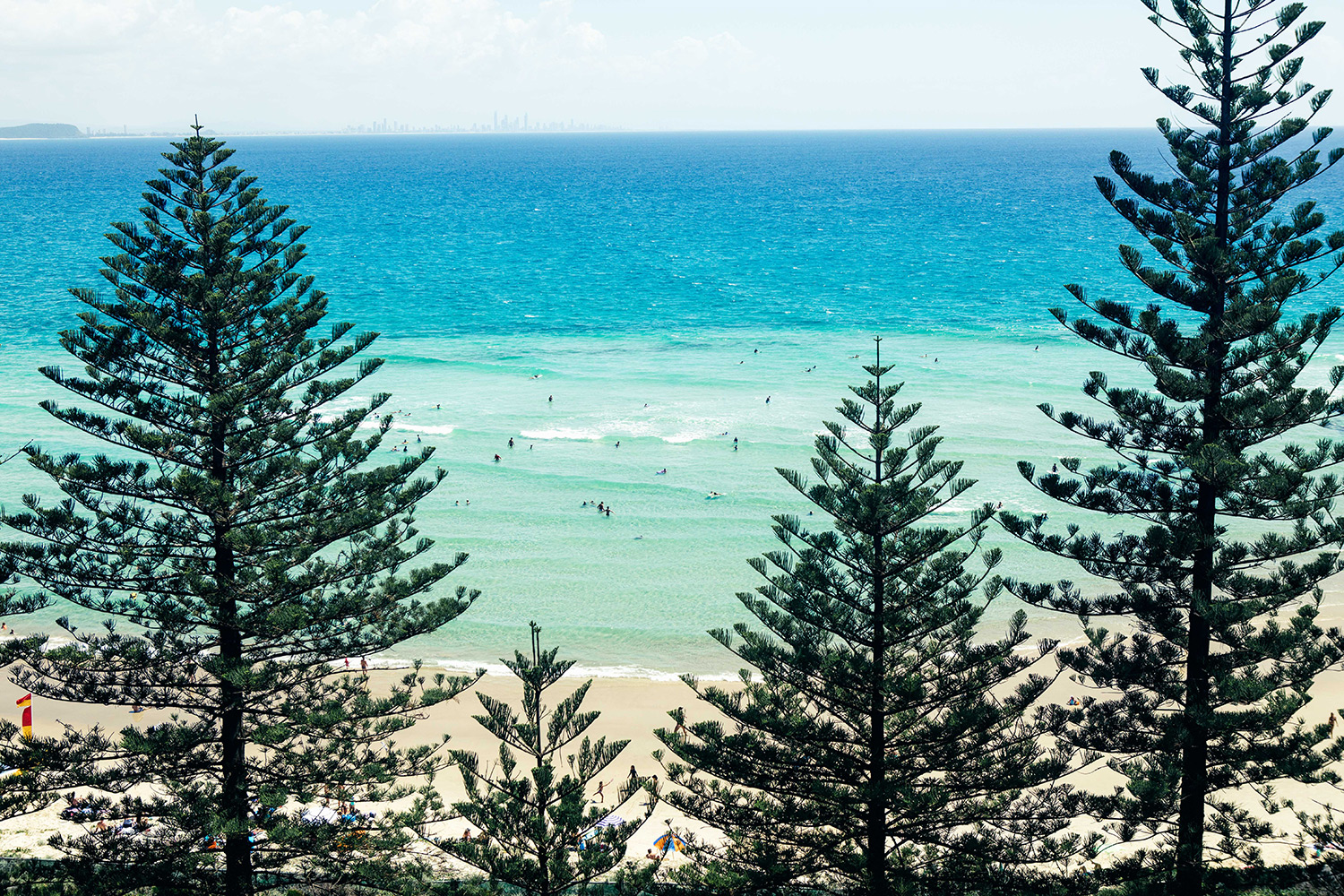 Surf. Stay. Play: Coolangatta